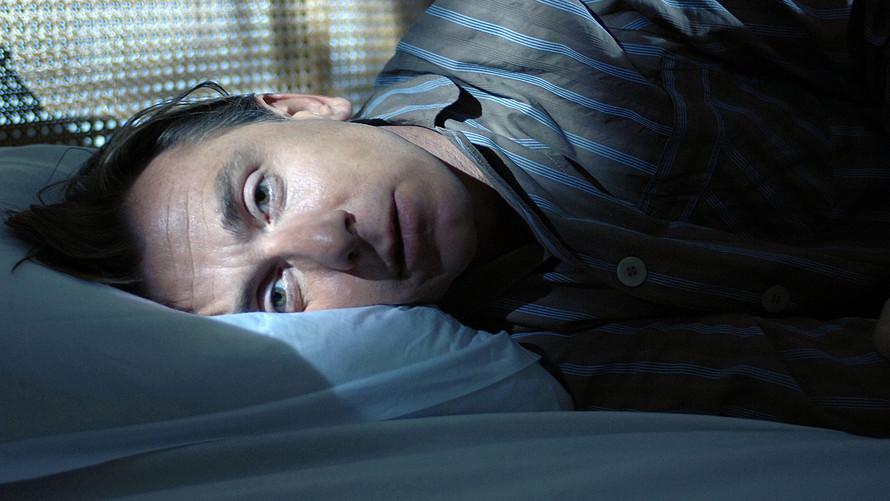الشخير وألم الرقبة.. مشكلات النوم المتعددة وطرق علاجها