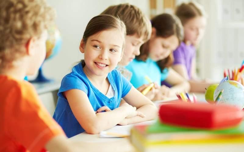 10 أشياء يجب أن يتعلمها الطفل قبل العاشرة