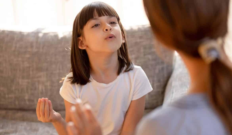 أسباب وعلاج التلعثم والتأتأة عند الأطفال