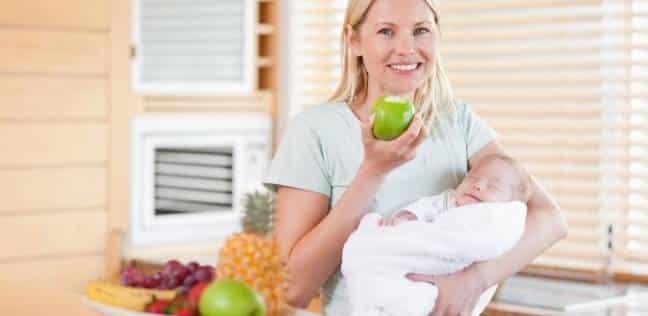 لتغذية أكبر للطفل.. أطعمة تزيد من حليب الأم