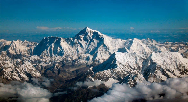 الهيمالايا ليست بالمقدمة.. أكبر 5 سلاسل جبلية في الأرض