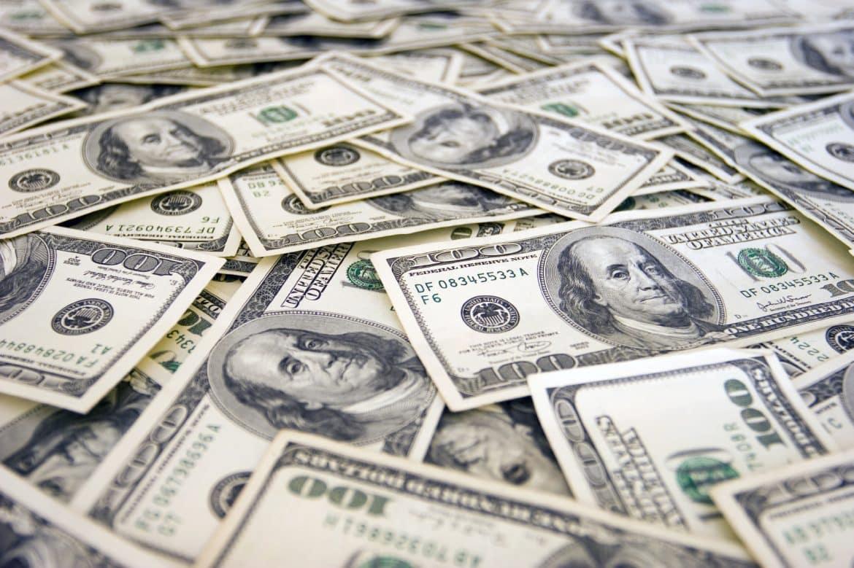 كيف تكونت ثرواث أغنى العائلات العربية؟