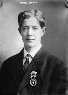 أنديرز هوجين.. البطل الذي تأجل تتويجه بالميدالية الأوليمبية لنصف قرن بالخطأ
