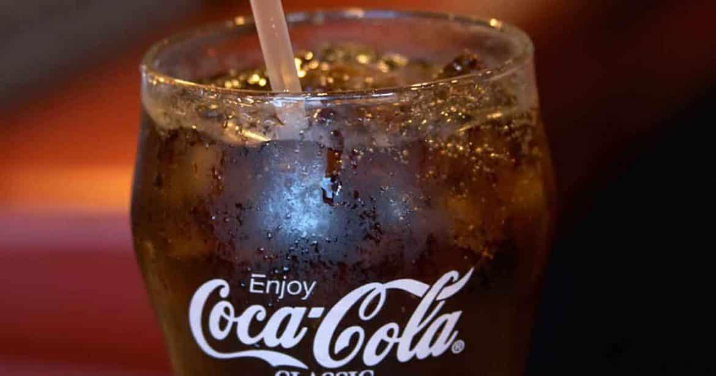 تركيبة كوكاكولا السرية.. معلومات عن عملاق المشروبات الغازية