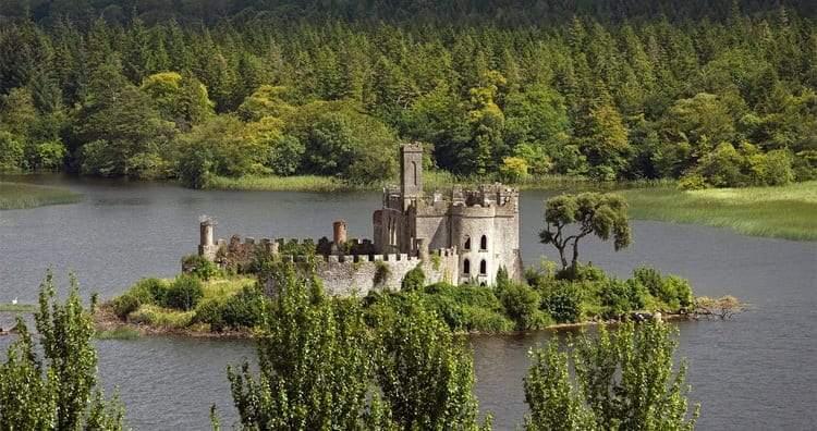 بيع وشراء القلاع القديمة