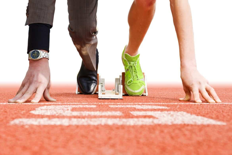 الرياضة أم الأموال.. أيهما يحقق السعادة للإنسان أكثر من الآخر؟