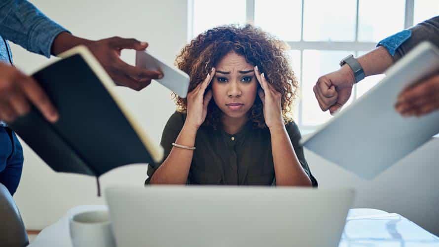 المرأة هي الضحية.. العلاقة بين ضغوط العمل وداء السكري