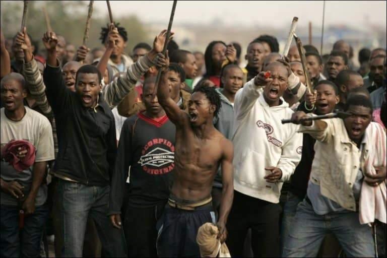 «قتل وخطف واغتصاب».. 10 مدن خطيرة لا ينصح بالذهاب إليها