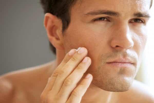 بطرق طبيعية علاج مشاكل الوجه التي نعاني منها جميعا