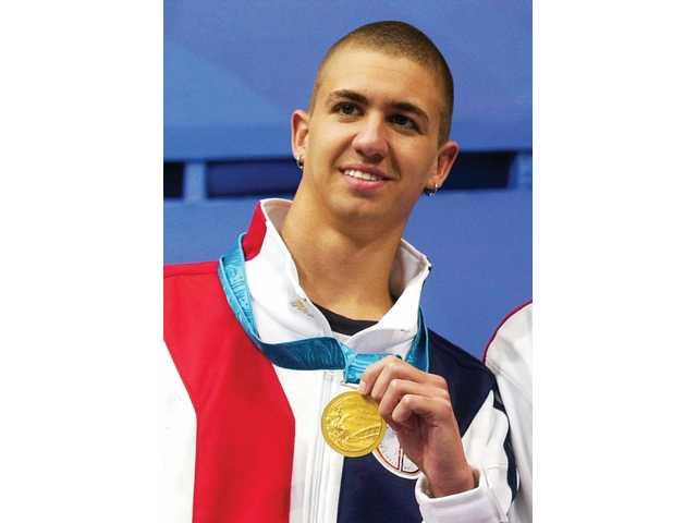 أنتوني إيرفين.. السباح الأوليمبي الذي غرق في بحار الإدمان والإكتئاب قبل النجاة