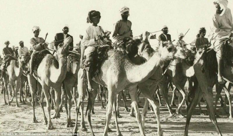 9 صور قديمة تكشف تاريخ دبي العتيق