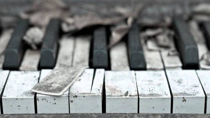 لماذا يفضل البعض الاستماع للموسيقى الحزينة؟ 2