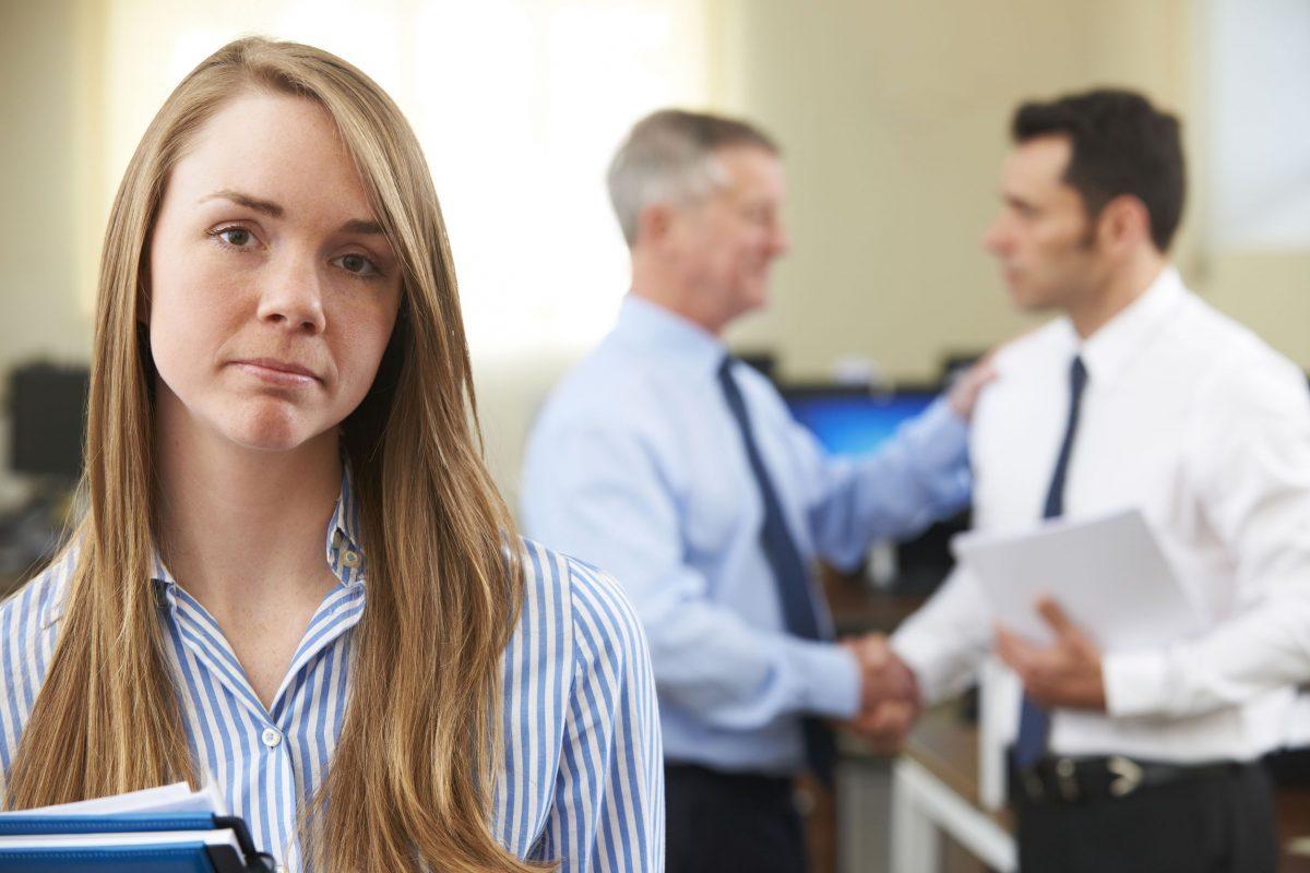 الأفكار النمطية.. العدو الأول للمرأة في العمل