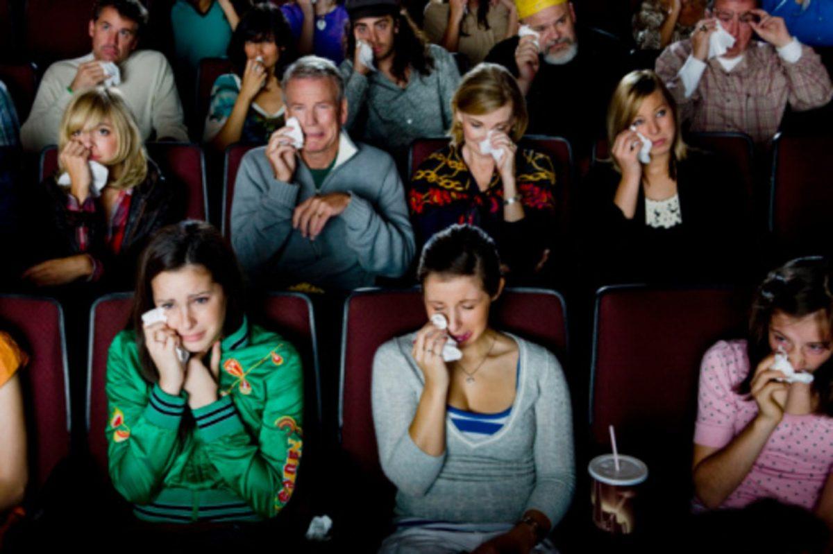 هل تبكي عند مشاهدة الأفلام الحزينة؟ إليك السر المفرح وراء ذلك