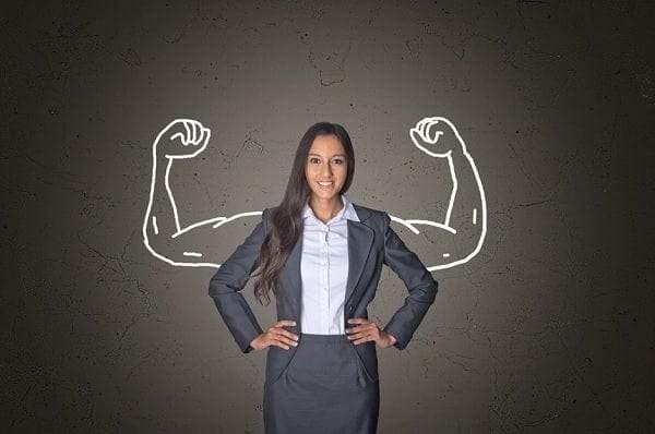 كيف تتفوق مهارات القيادة لدى النساء على الرجال في العمل؟