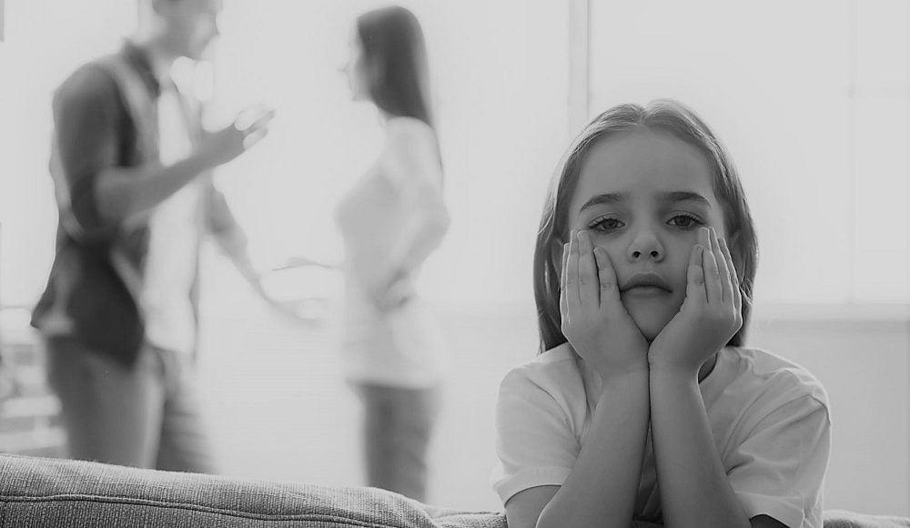 أخطاء تربوية يرتكبها الاباء عند الطلاق