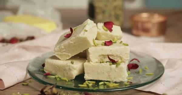 طريقة عمل اللبنية الحجازية أكثر الحلويات شعبية في الخليج