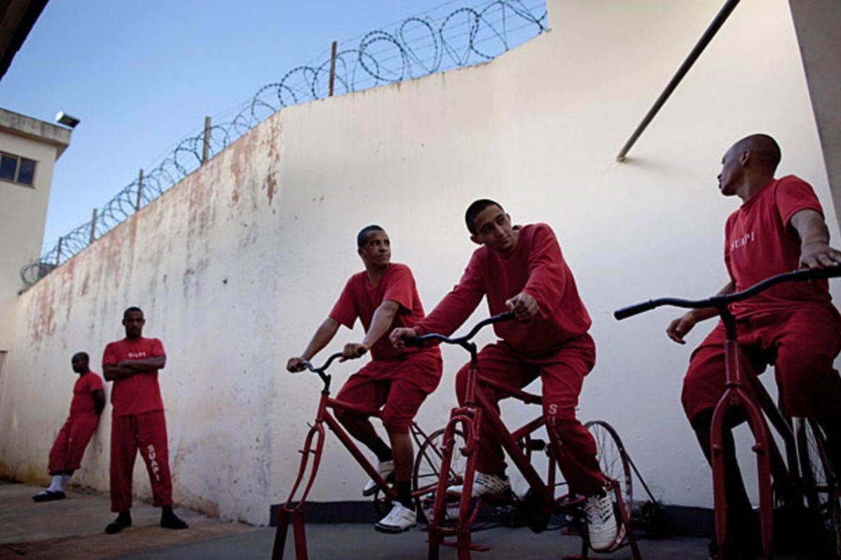 كيف يساعد نزلاء سجن في البرازيل على مد بلادهم بالكهرباء؟