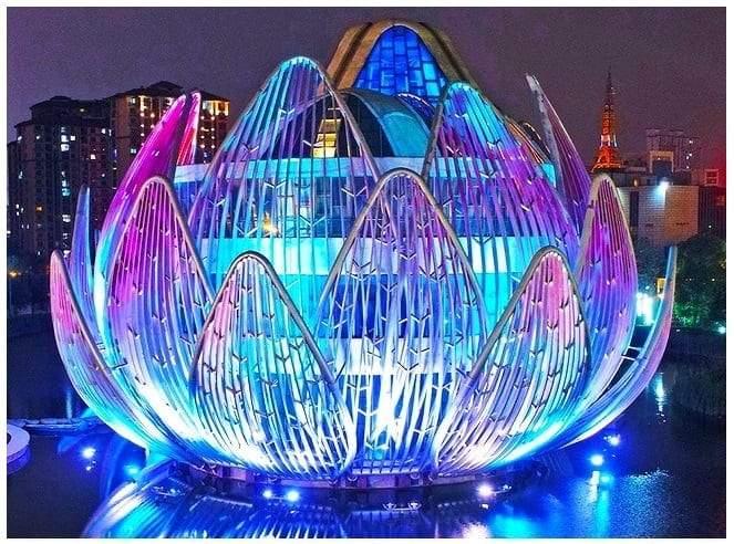 مبنى زهرة اللوتس في فوجين الصينية
