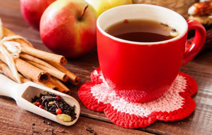 تناول التفاح وشرب الشاي للحد من الإصابة بالسرطان وأمراض القلب