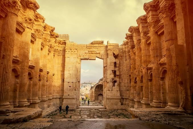 بعلبك.. المدينة الثرية بتاريخ القدماء