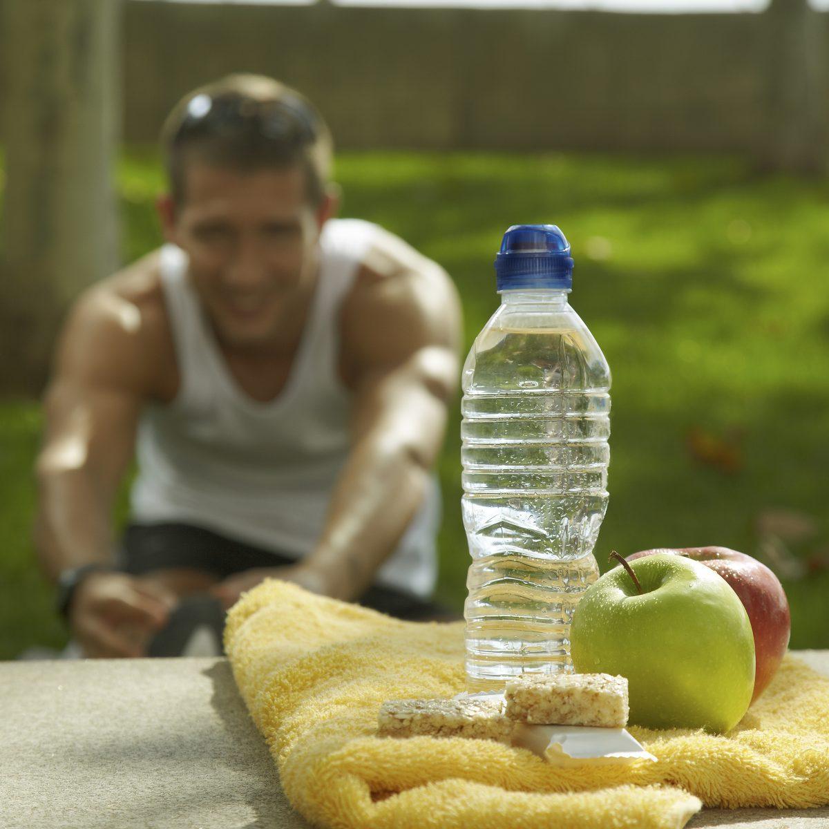 فوائد ماء المخلل الصحية المتنوعة