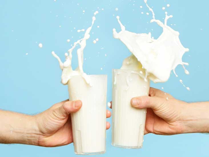 الحليب كامل الدسم أم الخالي.. أيهما أفضل للصحة؟