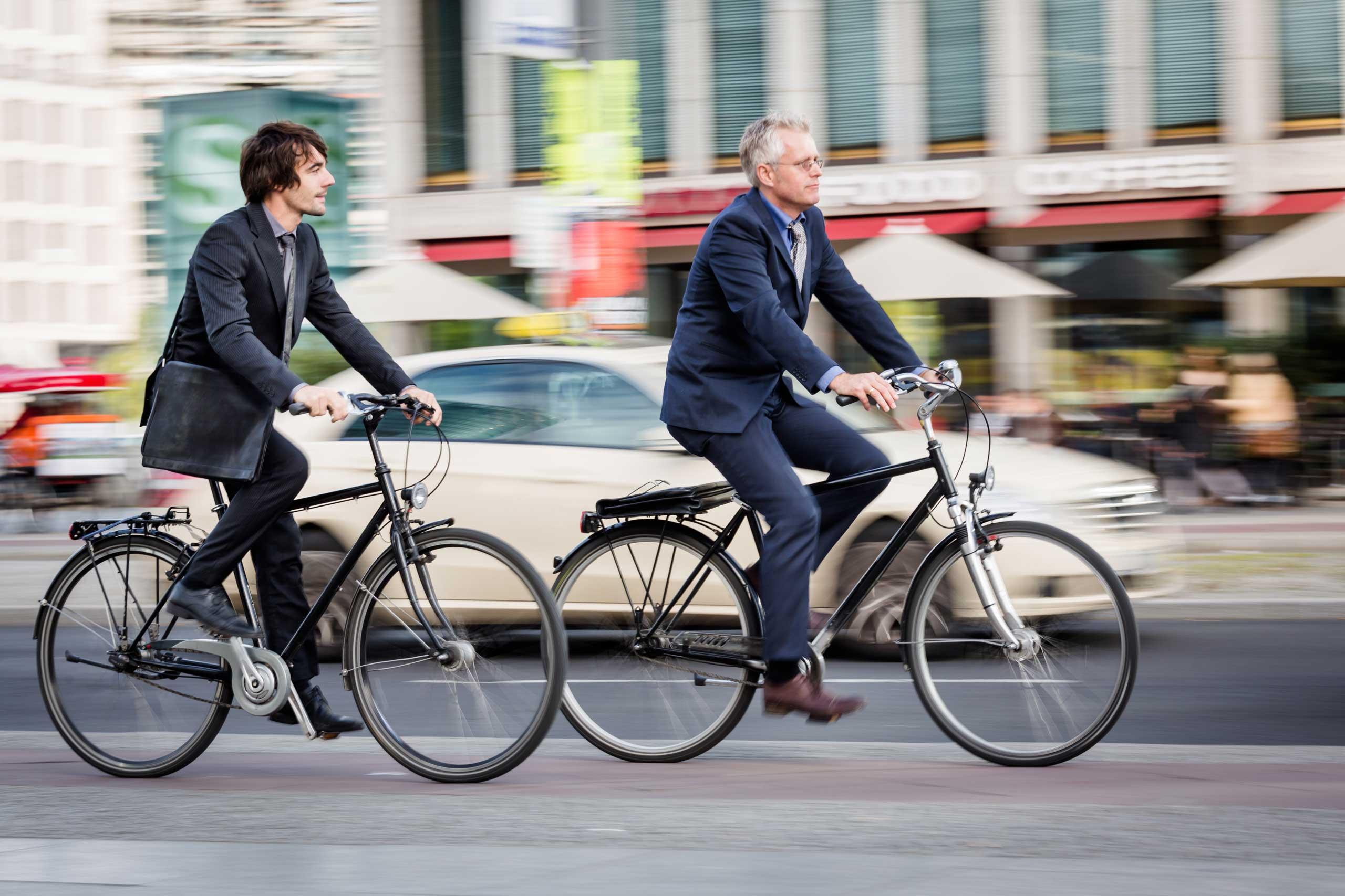 كيف تعمل الدراجة على إطالة العمر؟
