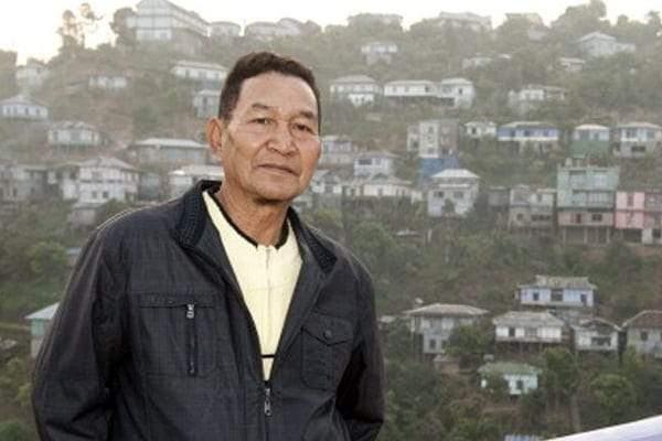 عائلة زيونا تشانا.. كيف تزوج رجل من 39 سيدة ليملك أكثر من 100 طفل وحفيد؟!