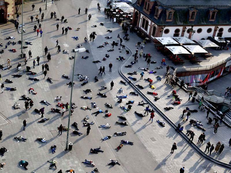 صورة ضحايا فيروس كورونا المرعبة في الصين.. حقيقة أم فبركة؟