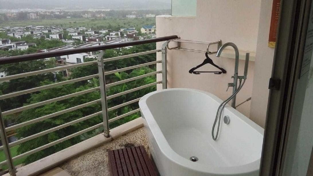 أغرب ما شاهده السياح في فنادق الإقامة