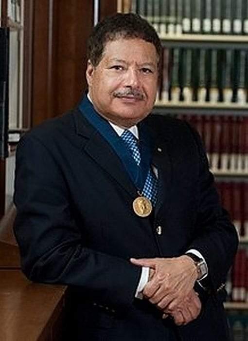 أحمد زويل.. حقائق مذهلة عن نوبل الفيمتوثانية